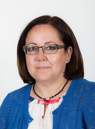 """María Jesús Moro, a Castells: """"Da una imagen frívola de los estudiantes, niega la brecha digital y descalifica a los docentes y las Universidades"""""""