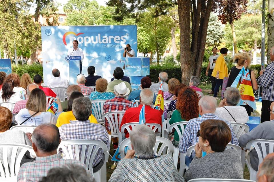 Fernández Mañueco afirma que tanto Ciudadanos como el PSOE quieren eliminar municipios en Castilla y León