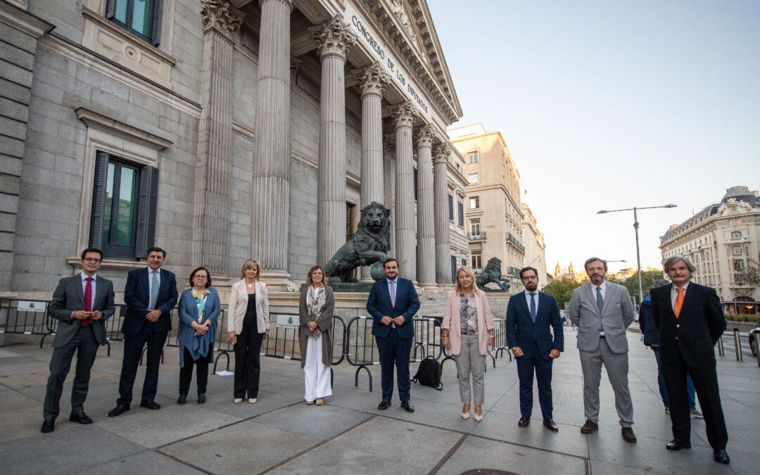Los Diputados del PP de Castilla y León defienden las plantaciones choperas ante los ataques del Gobierno